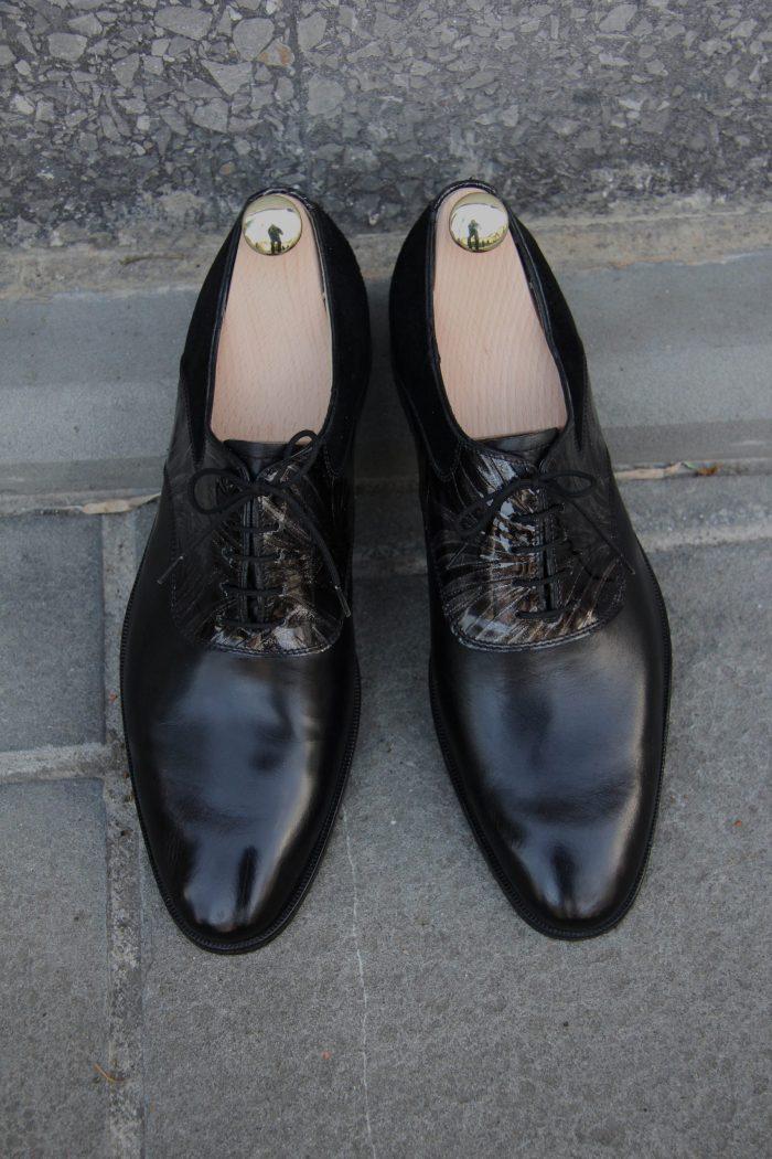Moški elegantni črni čevlji